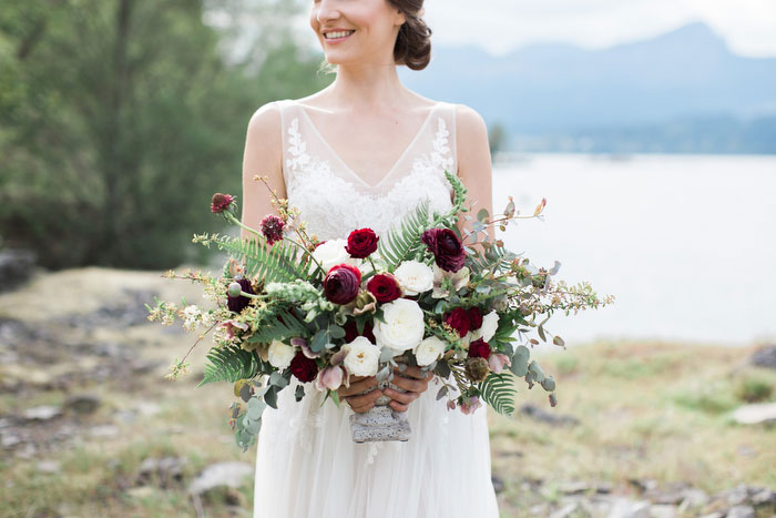 pacific-northwest-columbia-river-rustic-vintage-floral-blue-wedding-inspiration66