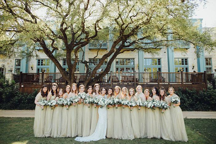 san-antonio-hyatt-regency-hill-country-resort-lace-elegant-white-wedding-inspiration07