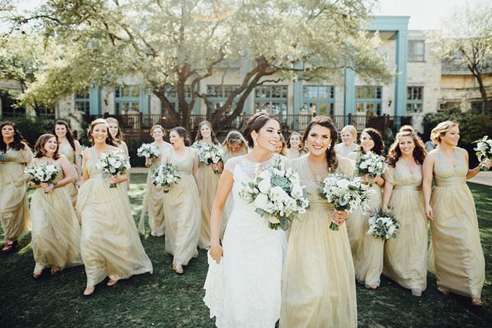 san-antonio-hyatt-regency-hill-country-resort-lace-elegant-white-wedding-inspiration08