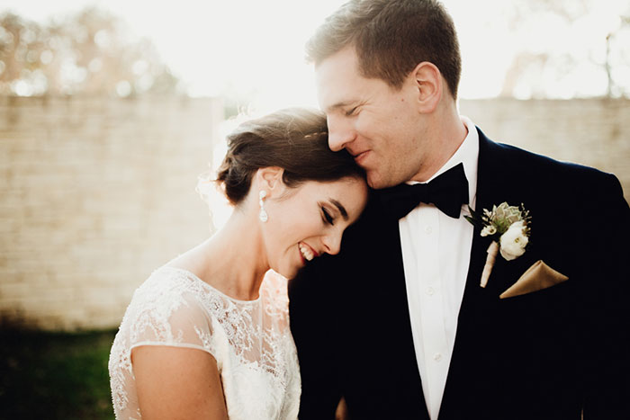 san-antonio-hyatt-regency-hill-country-resort-lace-elegant-white-wedding-inspiration14