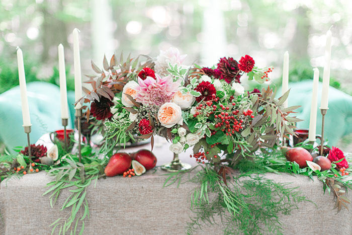 woodlands-lush-red-china-floral-bohemian-wedding-inspiration00