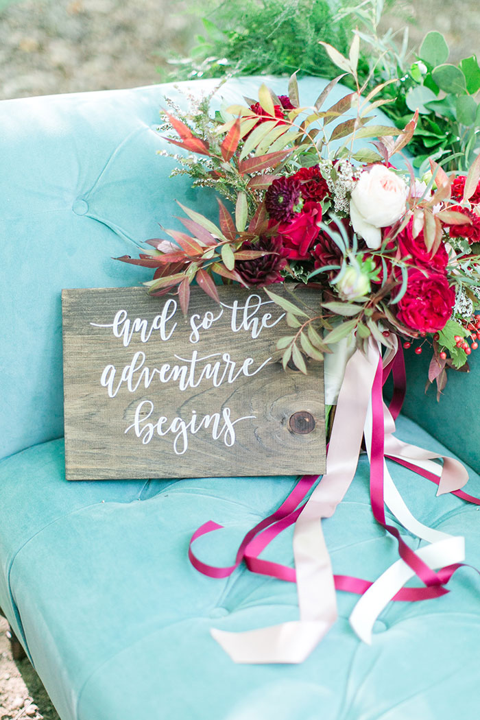 woodlands-lush-red-china-floral-bohemian-wedding-inspiration14