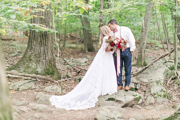 woodlands-lush-red-china-floral-bohemian-wedding-inspiration28