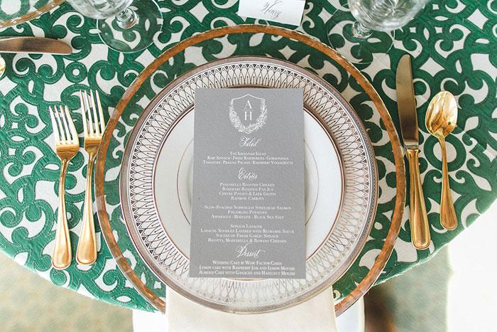ballantyne-hotel-southern-green-pink-peony-outdoor-wedding-inspiration08