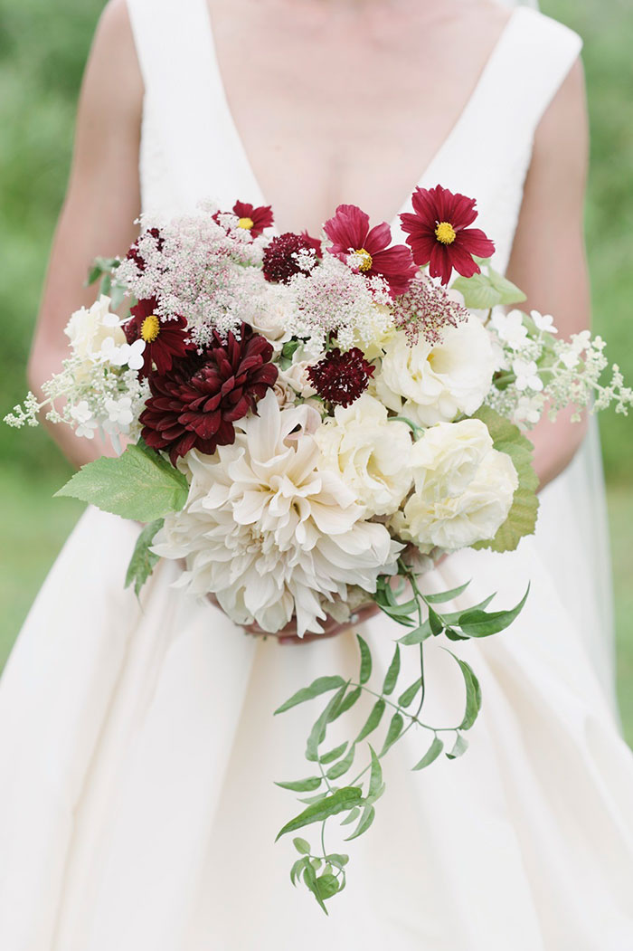 blooming-hill-farms-rustic-new-york-wildflower-classic-wedding-inspiration21