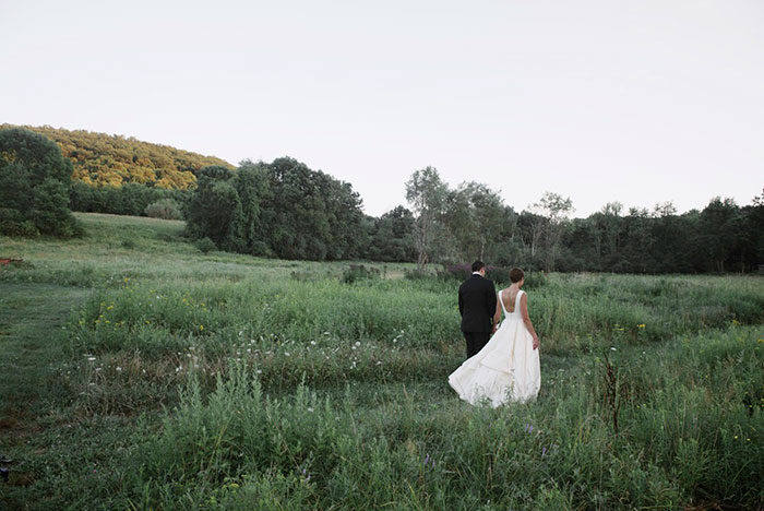 blooming-hill-farms-rustic-new-york-wildflower-classic-wedding-inspiration43