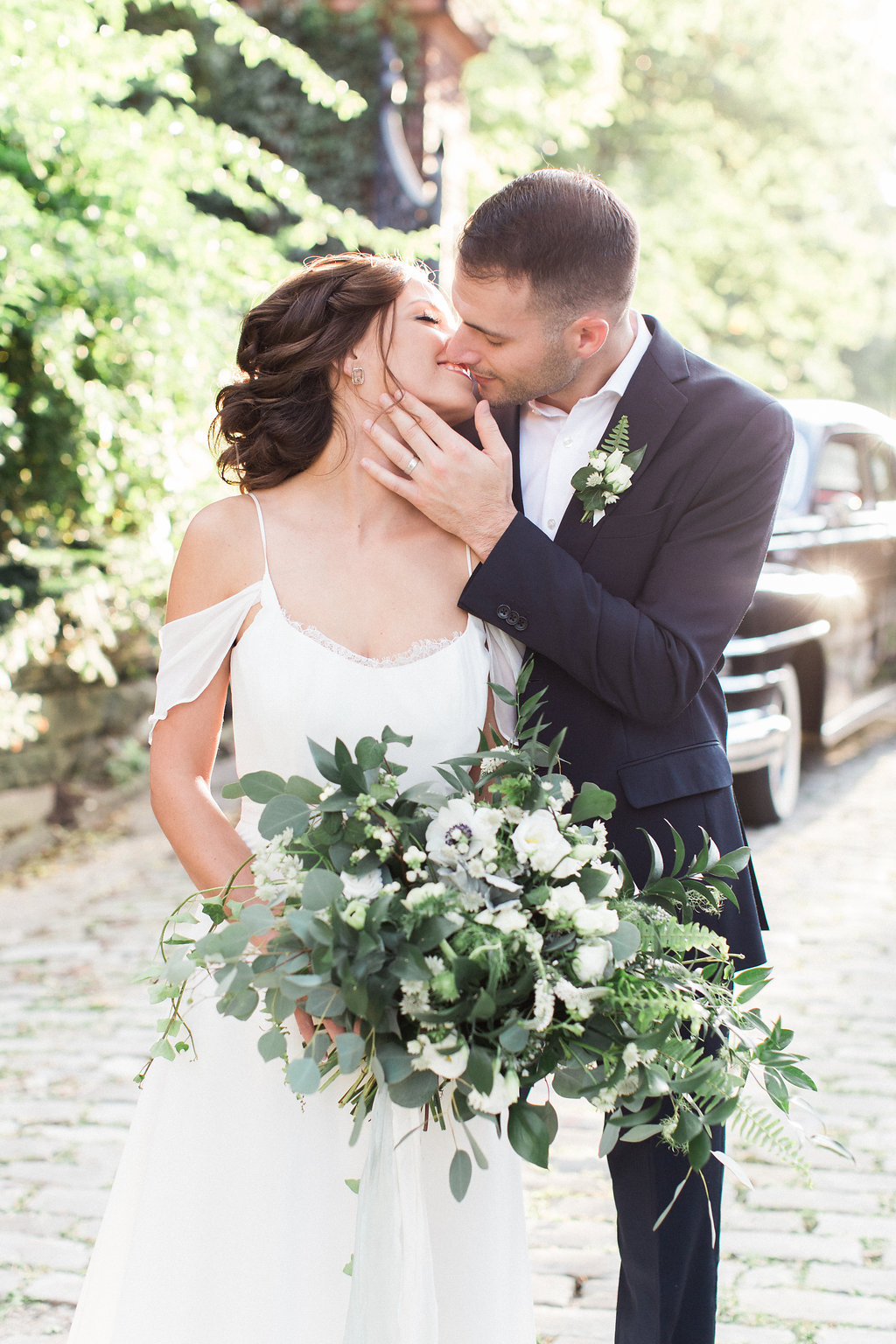 european-charm-blue-green-airy-vintage-pittsburg-wedding-inspiration07