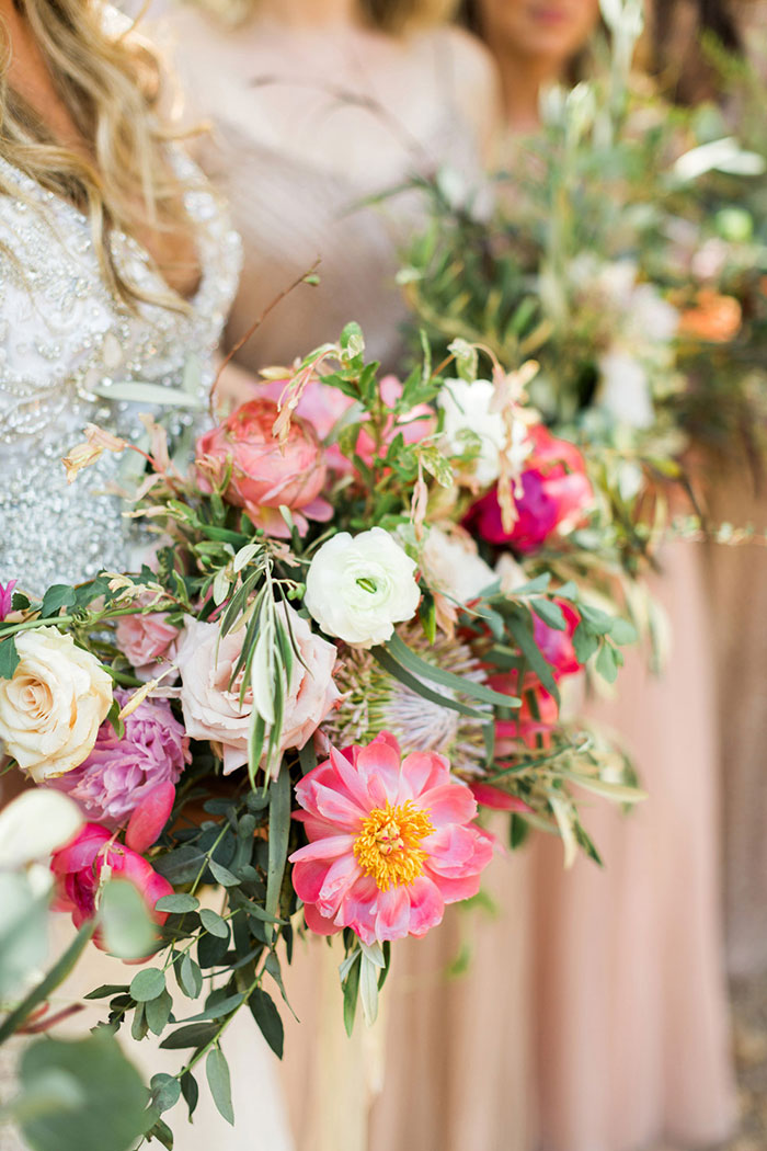 georgia-the-hill-bohemian-secret-graden-peony-wedding-inspiration10