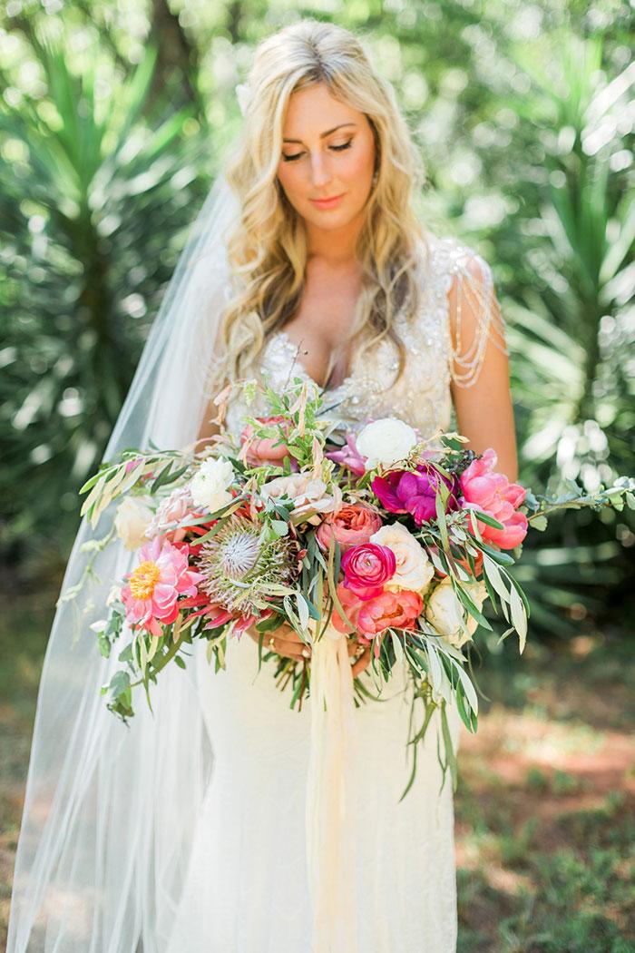 georgia-the-hill-bohemian-secret-graden-peony-wedding-inspiration17