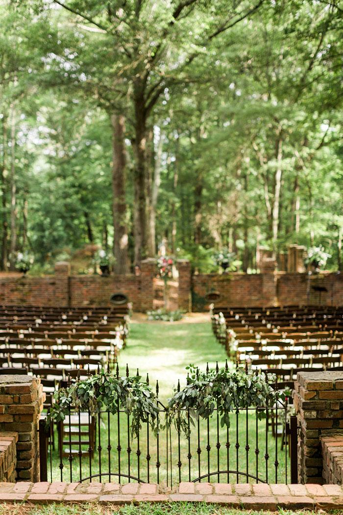 georgia-the-hill-bohemian-secret-graden-peony-wedding-inspiration29