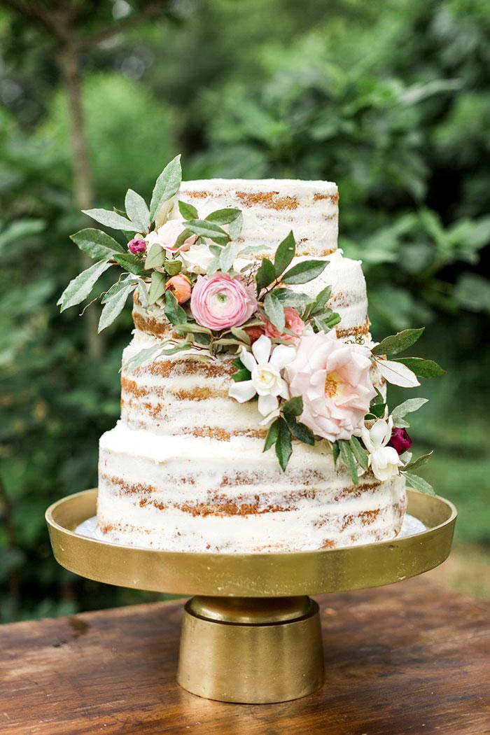 georgia-the-hill-bohemian-secret-graden-peony-wedding-inspiration46
