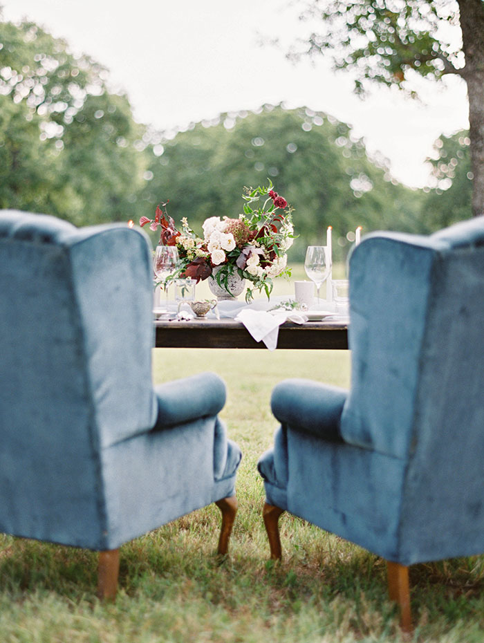 intimate-autumn-wedding-muted-gray-blue-dreamy-inspiration28