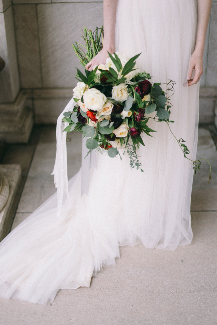 james-j-hill-library-saint-paul-minnesota-historic-classic-winter-wedding-inspiration11