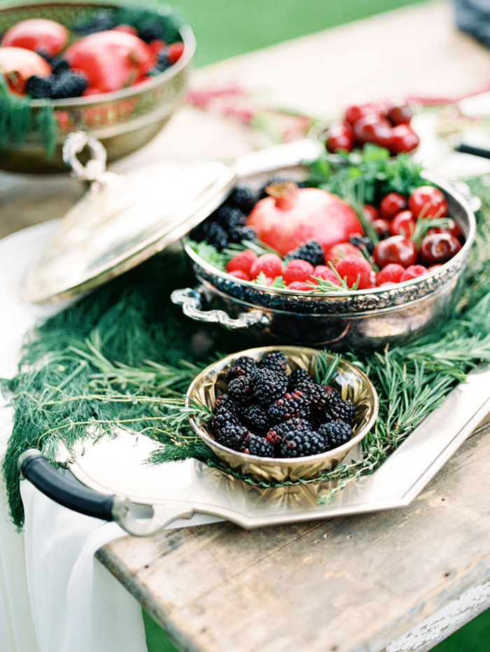 pomegranate-vintage-red-velvet-holiday-blue-wedding-inspiration-shoot17