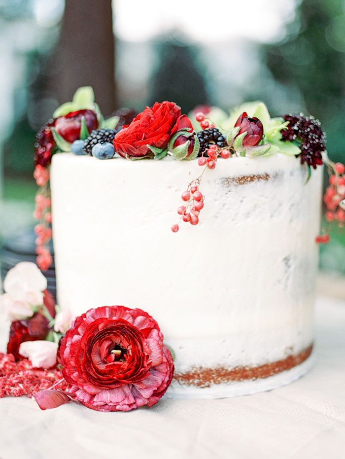 pomegranate-vintage-red-velvet-holiday-blue-wedding-inspiration-shoot36