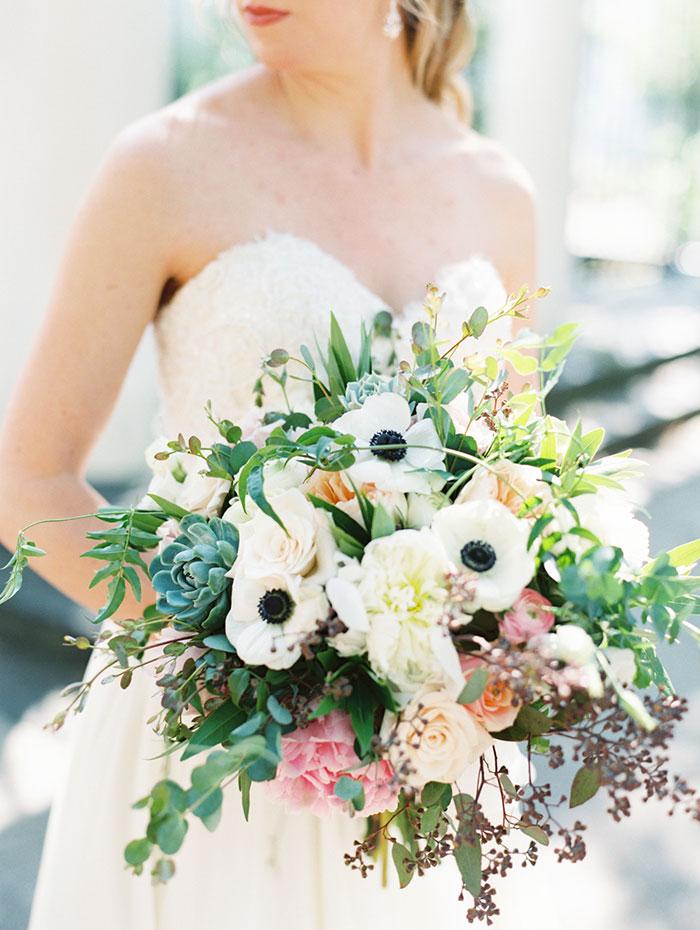 savannah-forsyth-park-wedding-blush-outdoor-ceremony-weddin-inspiration05