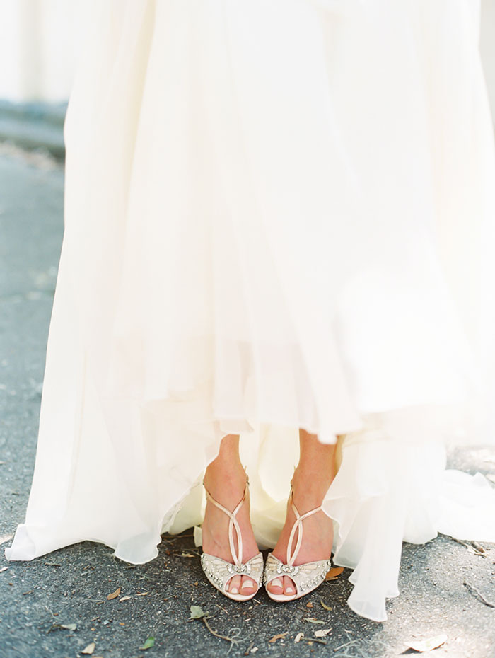 savannah-forsyth-park-wedding-blush-outdoor-ceremony-weddin-inspiration08