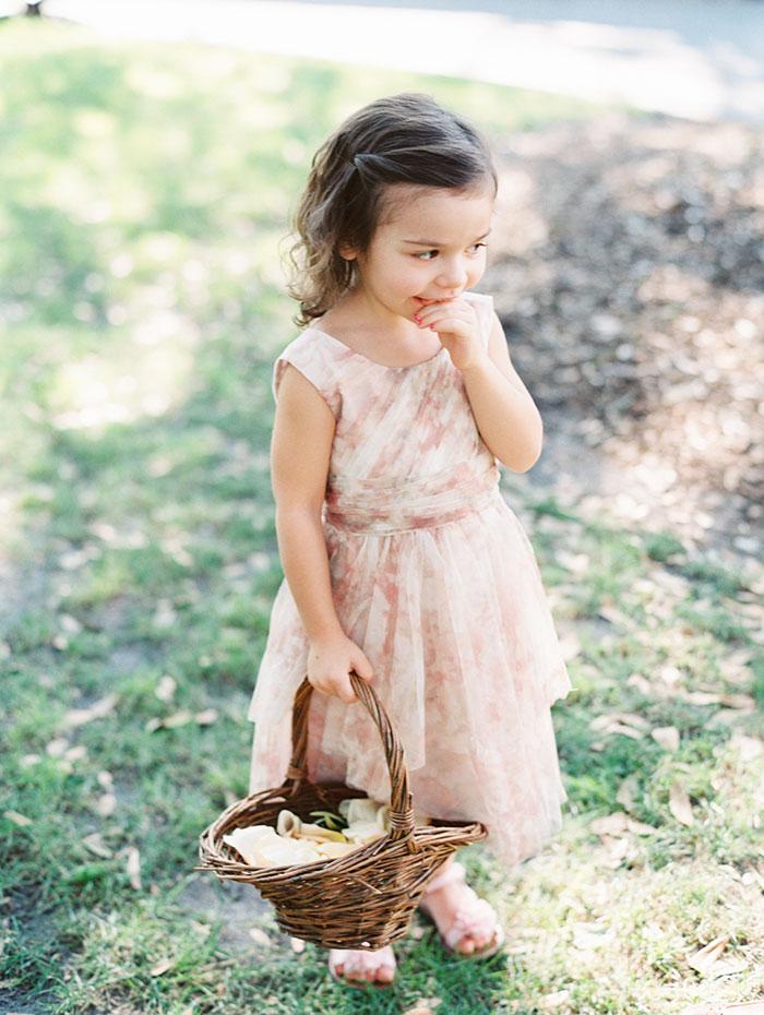 savannah-forsyth-park-wedding-blush-outdoor-ceremony-weddin-inspiration15