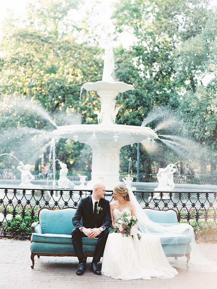 savannah-forsyth-park-wedding-blush-outdoor-ceremony-weddin-inspiration20