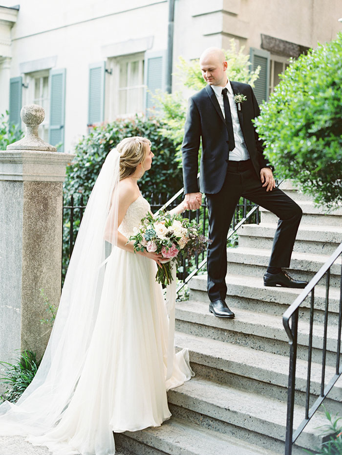 savannah-forsyth-park-wedding-blush-outdoor-ceremony-weddin-inspiration26