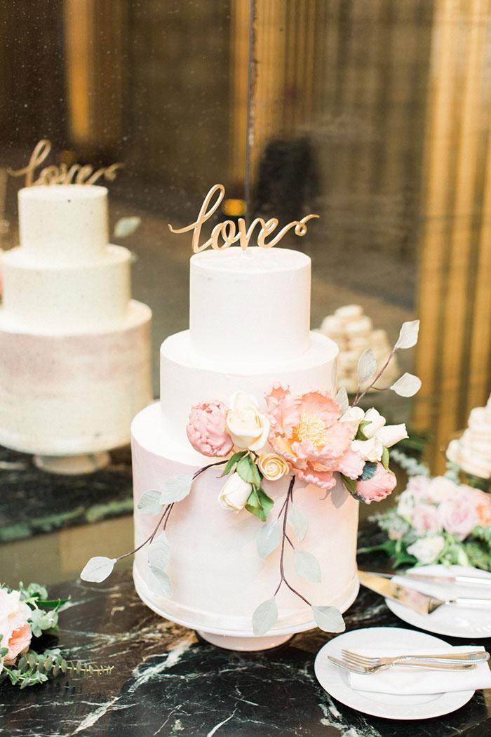 savannah-forsyth-park-wedding-blush-outdoor-ceremony-weddin-inspiration31