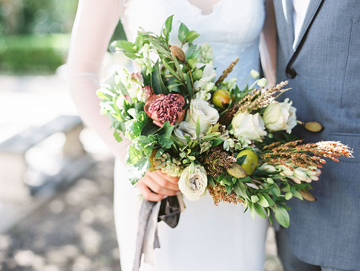 the-contemporary-autin-elegant-pear-fall-wedding-inspiration18