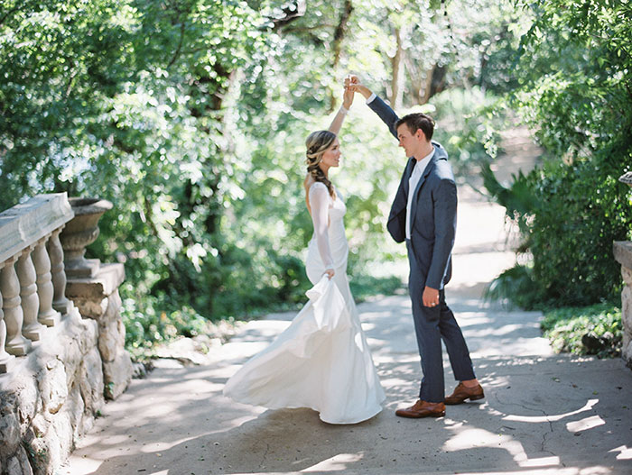 the-contemporary-autin-elegant-pear-fall-wedding-inspiration22