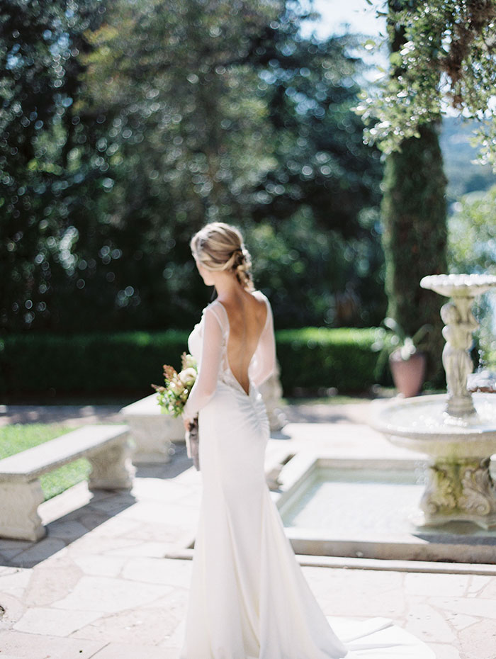 the-contemporary-autin-elegant-pear-fall-wedding-inspiration24