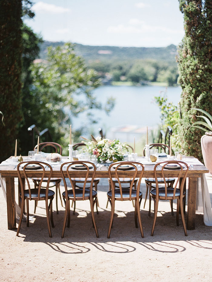 the-contemporary-autin-elegant-pear-fall-wedding-inspiration29