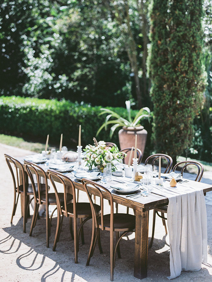 the-contemporary-autin-elegant-pear-fall-wedding-inspiration44