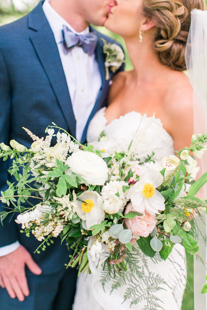 asheville-mountains-north-carolina-blush-yellow-floral-country-wedding-inspiration07