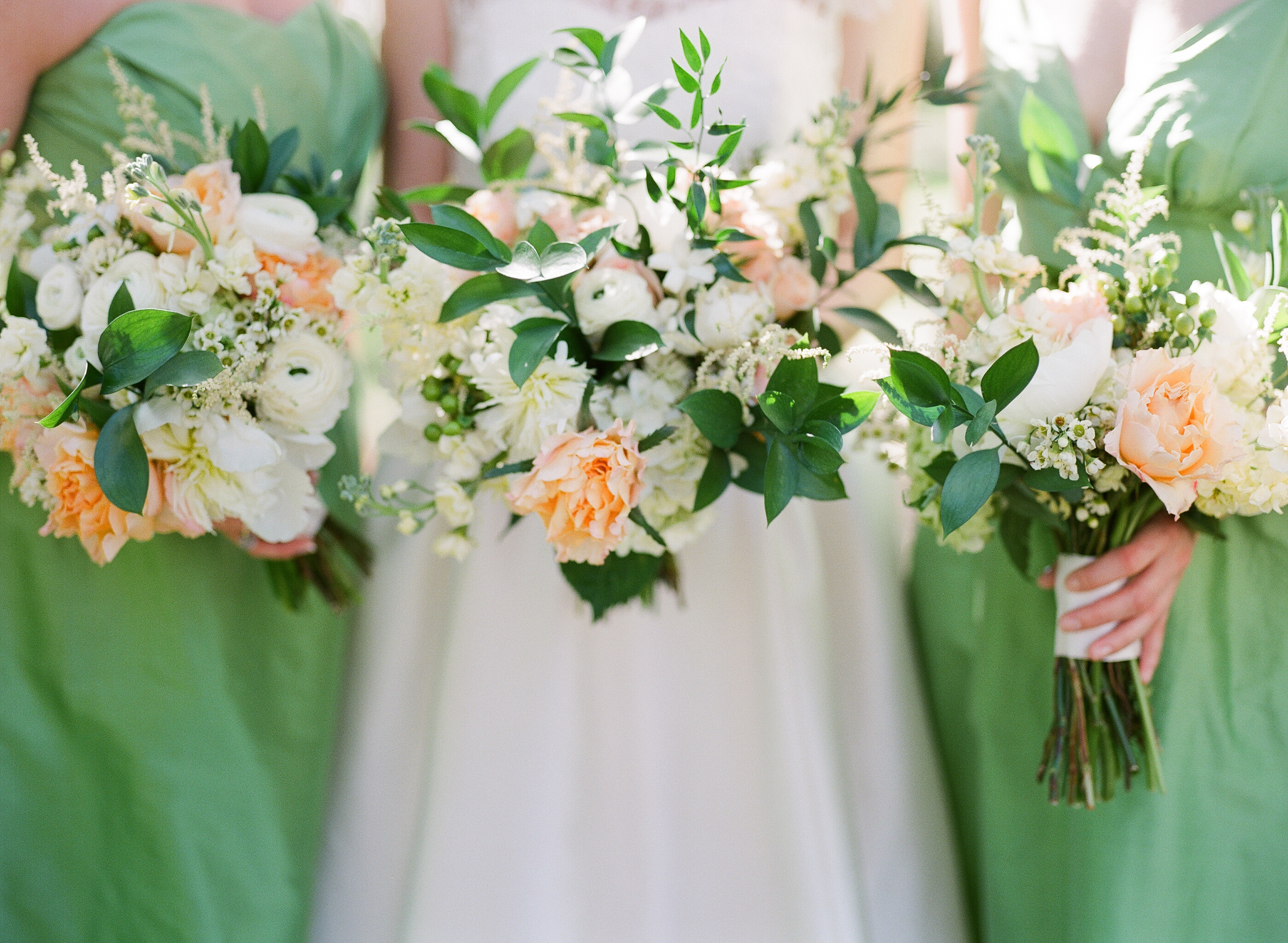 charleston-classic-southern-church-floral-green-wedding-inspiration17