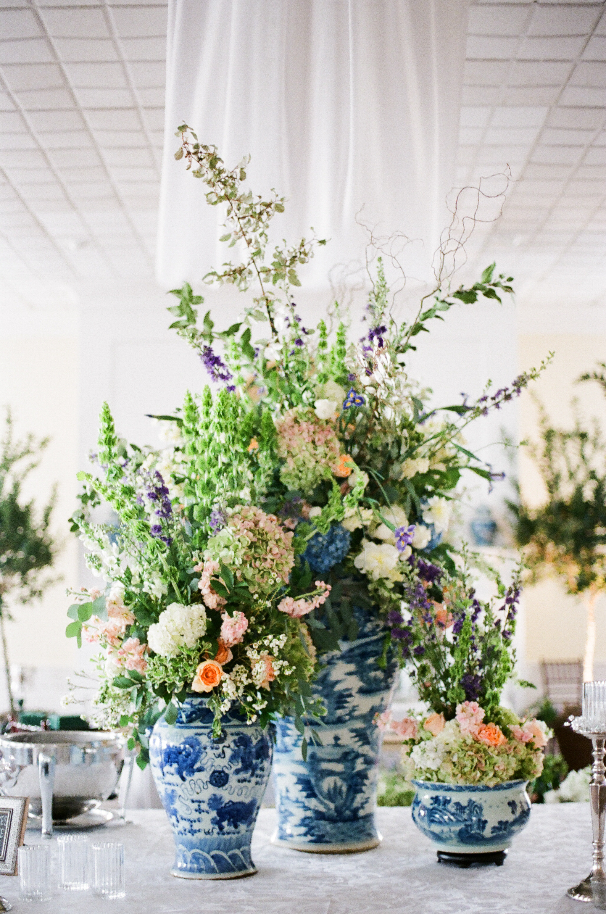 charleston-classic-southern-church-floral-green-wedding-inspiration33