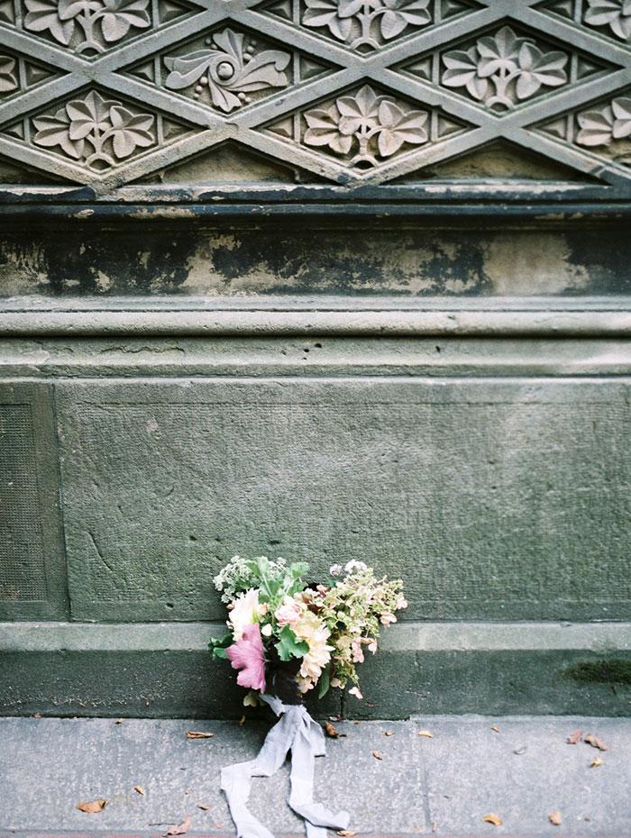 emerald_green_nyc_floral_wedding_inspiration32