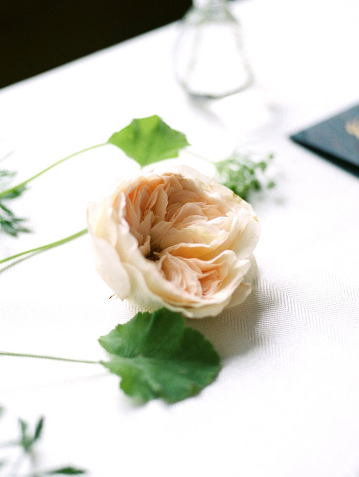 emerald_green_nyc_floral_wedding_inspiration41