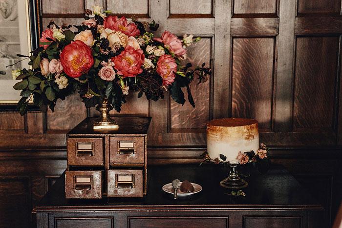 empress-hotel-elopement-moody-historic-peony-romantic-floral06