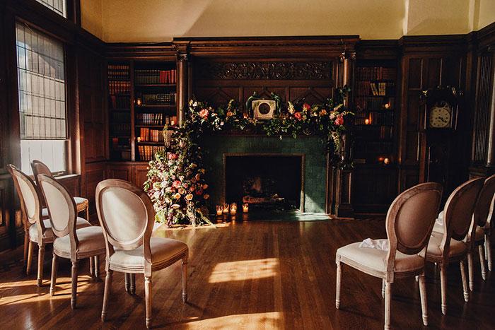 empress-hotel-elopement-moody-historic-peony-romantic-floral10