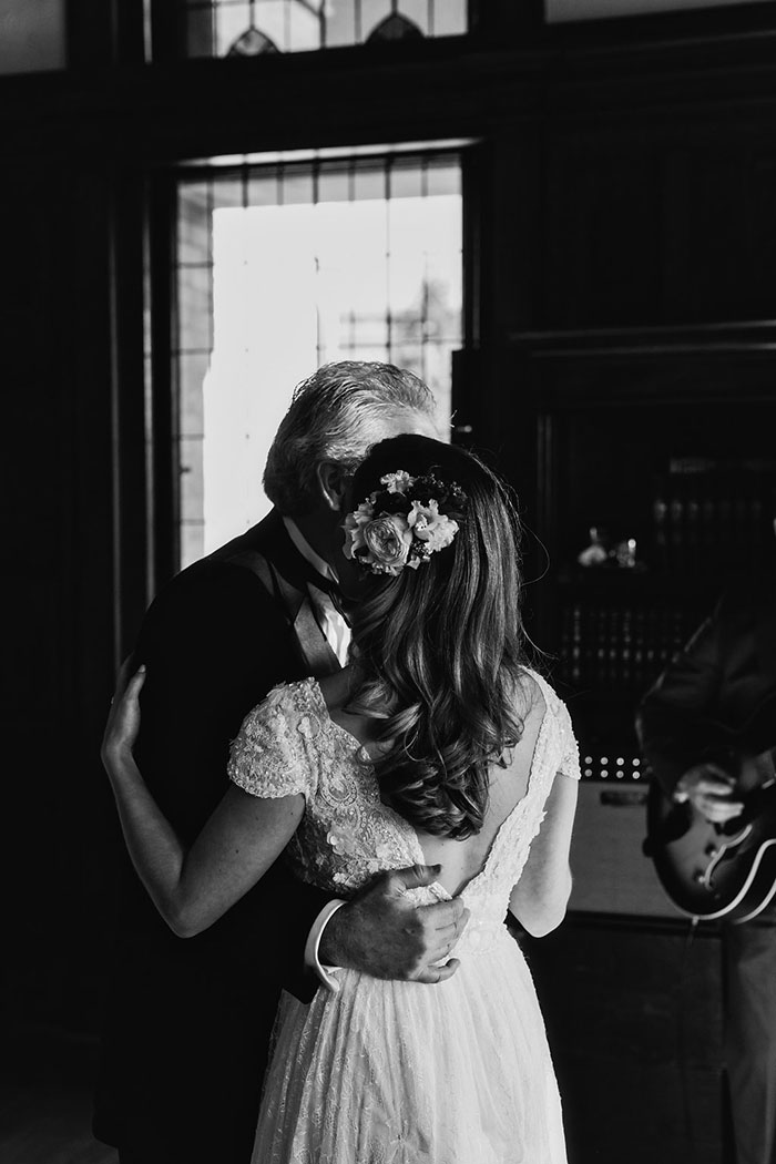 empress-hotel-elopement-moody-historic-peony-romantic-floral47
