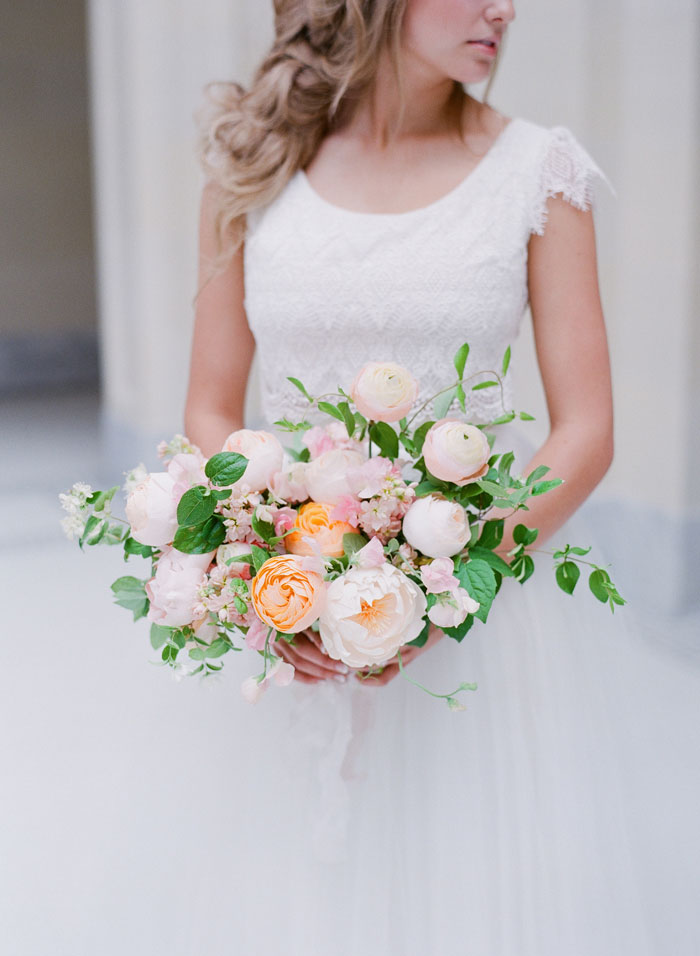 fresh-bright-airy-boho-peony-utah-wedding-inspiration10