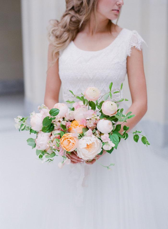 fresh-bright-airy-boho-peony-utah-wedding-inspiration10