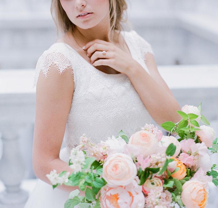 fresh-bright-airy-boho-peony-utah-wedding-inspiration13