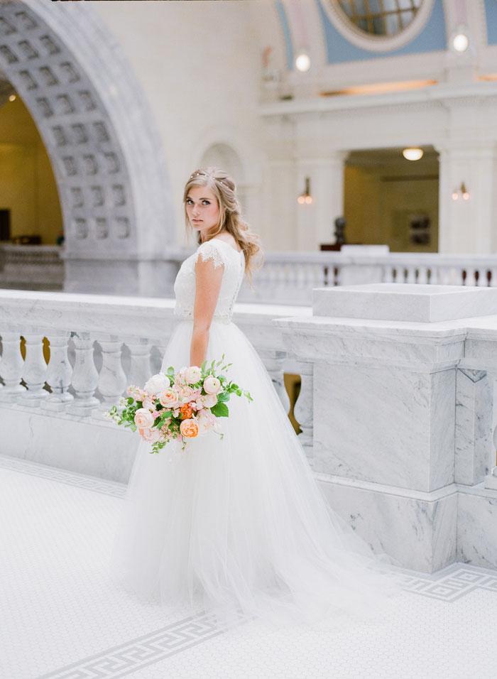 fresh-bright-airy-boho-peony-utah-wedding-inspiration19