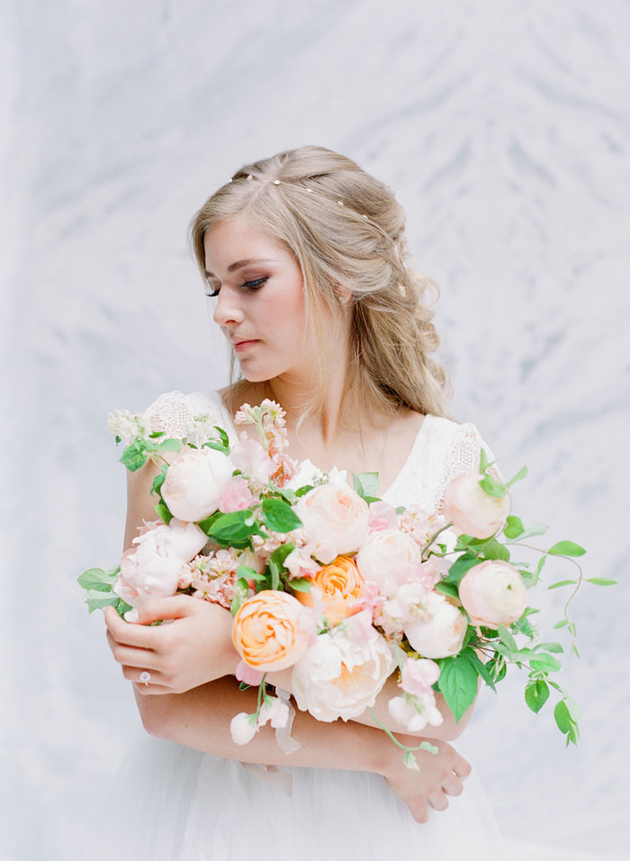 fresh-bright-airy-boho-peony-utah-wedding-inspiration31