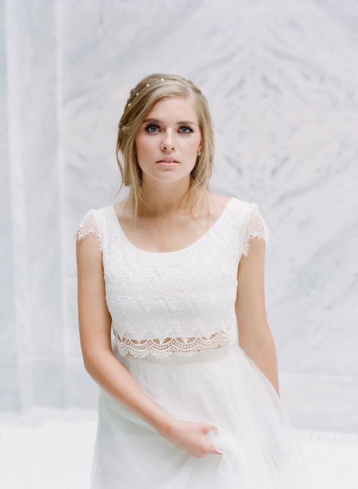 fresh-bright-airy-boho-peony-utah-wedding-inspiration32