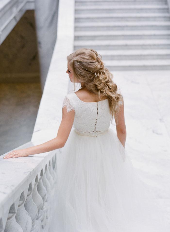 fresh-bright-airy-boho-peony-utah-wedding-inspiration33