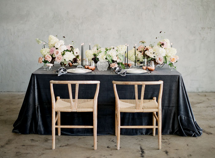 moody-gray-floral-peach-blush-industrial-inspiration-shoot30