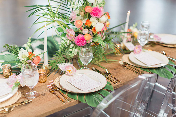 palm-beach-tropical-pineapple-floral-wedding-inspiration25