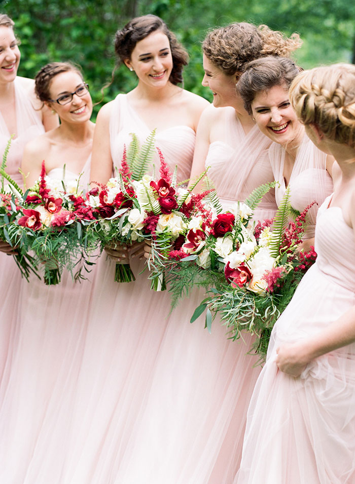 pink-raspberry-lodge-mountain-north-carolina-wedding-inspiration09