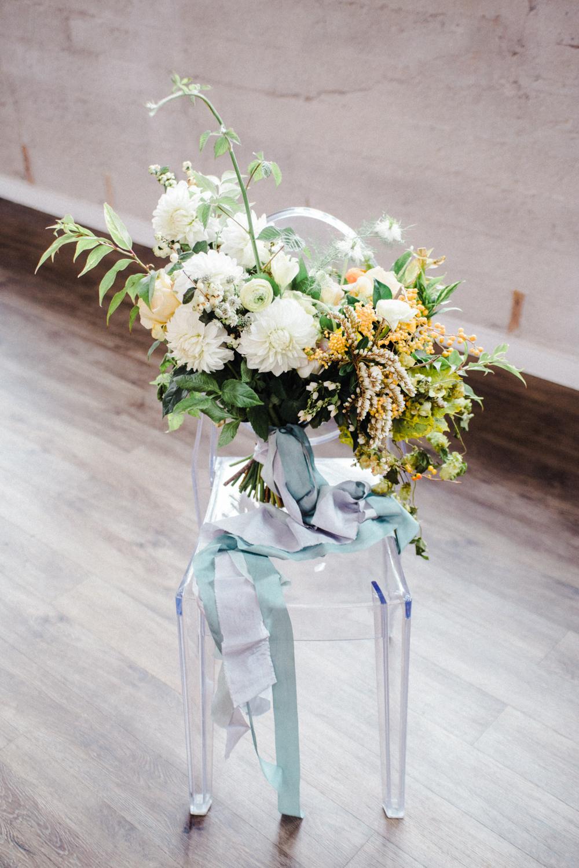 teal_modern-romantic-orange-industiral-wedding-inspiration32