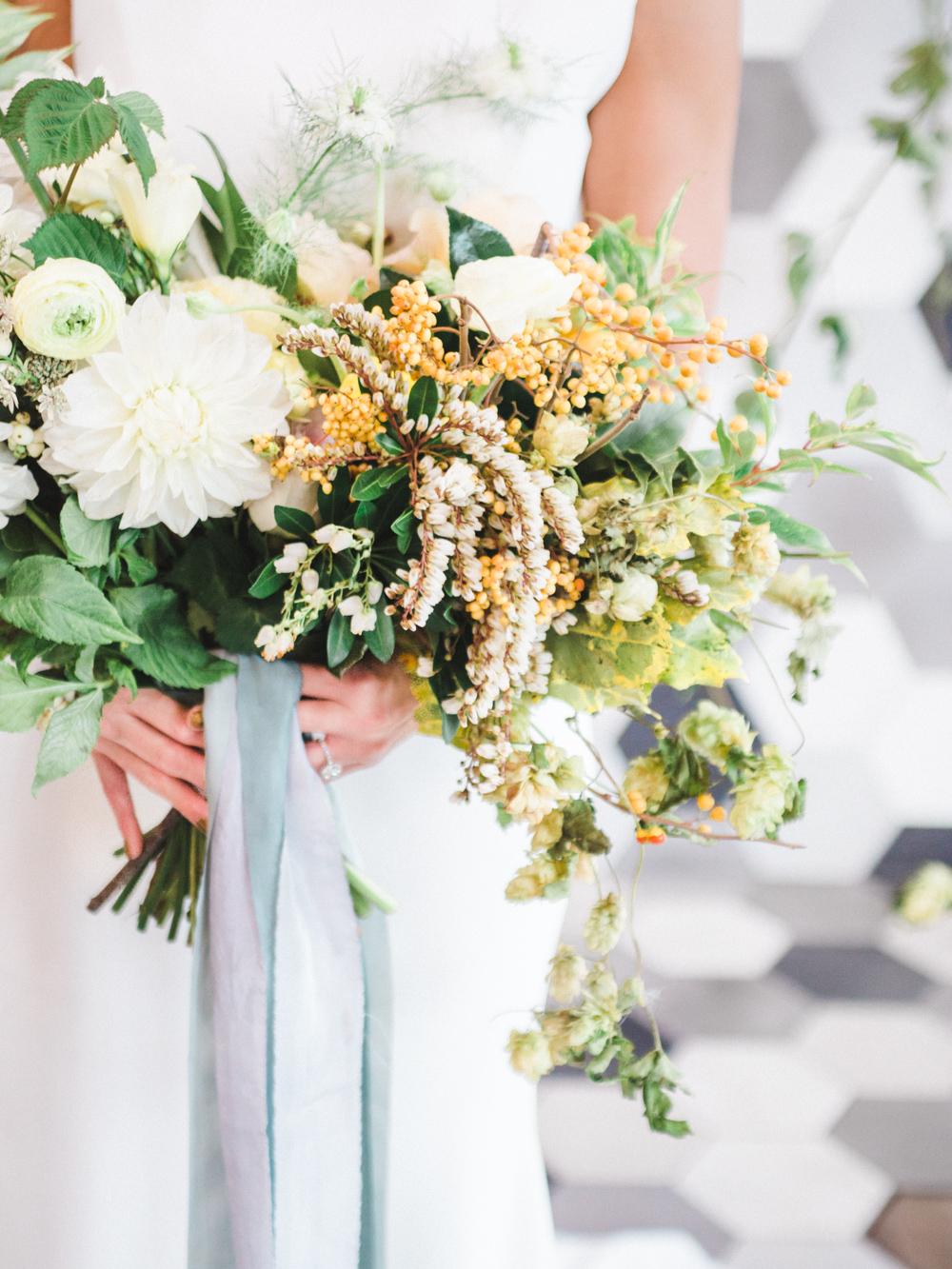 teal_modern-romantic-orange-industiral-wedding-inspiration35